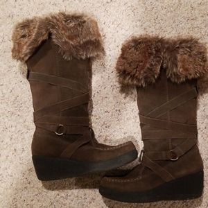 """Report """"Endless"""" Suede and faux fur winter boot"""
